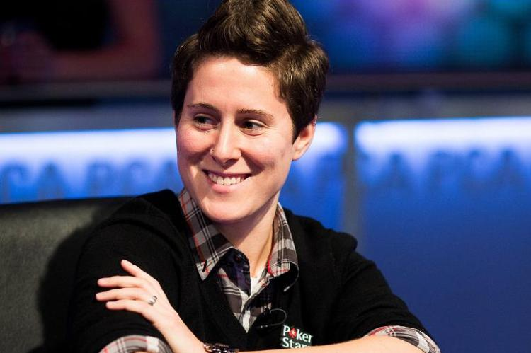 Участница Super High Roller Celebrity Shootout Ванесса Селбст (Vanessa Selbst)