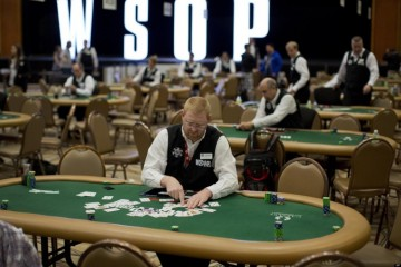 WSOP ищет дилеров на 2016 год в 83 странах мира